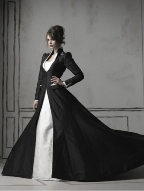wedding photo - Black and White Long Sleeves Gothic Wedding Dress