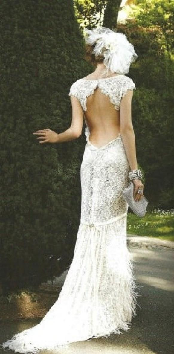 Backless dresses backless wedding gown 1931921 weddbook for Vintage backless wedding dresses
