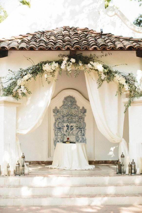 9 Bright And Beautiful Wedding Ceremony Ideas