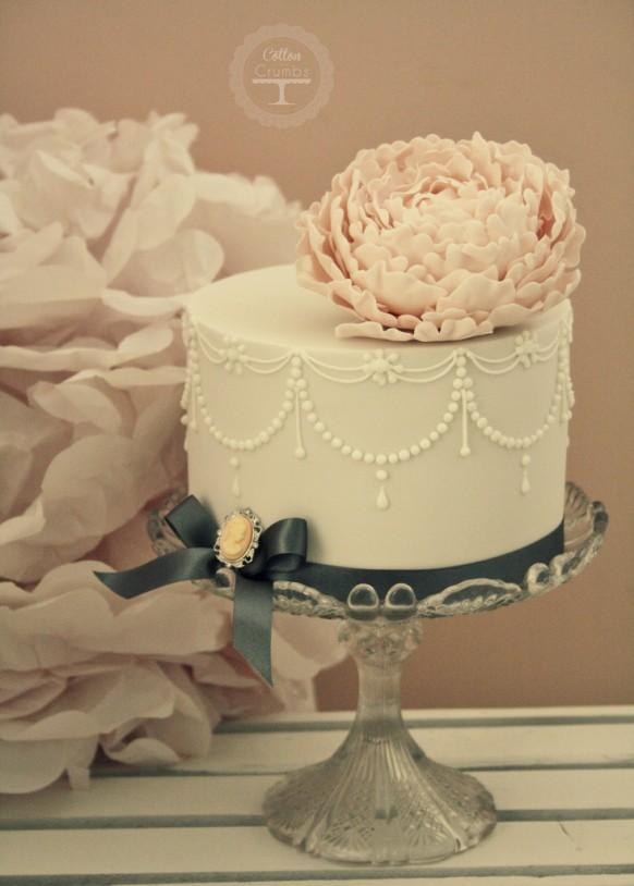Cotton Crumbs Wedding Cakes