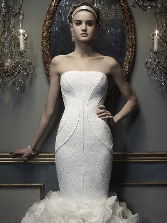 Wedding dress cb couture weddbook for Cb couture wedding dresses