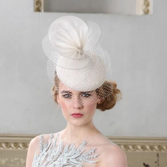 How To Wear A Wedding Hat