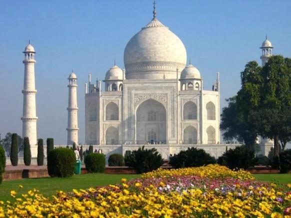 Taj Mehal In Agra 1974663 Weddbook