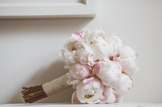 Diy Bridal Bouquet Tips : Striking bridal bouquet ideas weddbook