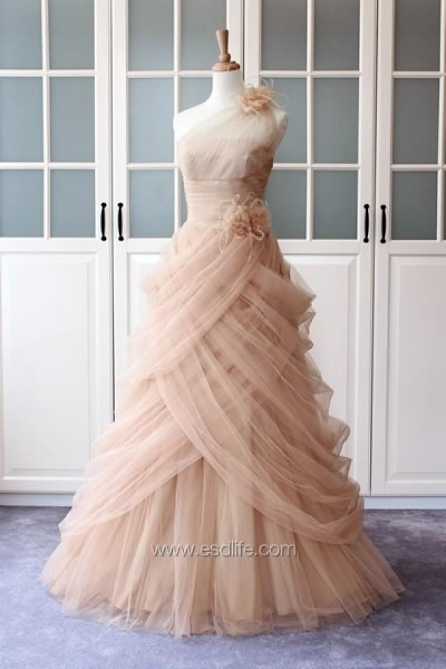 50s wedding 1950 39 s inspired pink and gold weddings for Pink vintage wedding dress