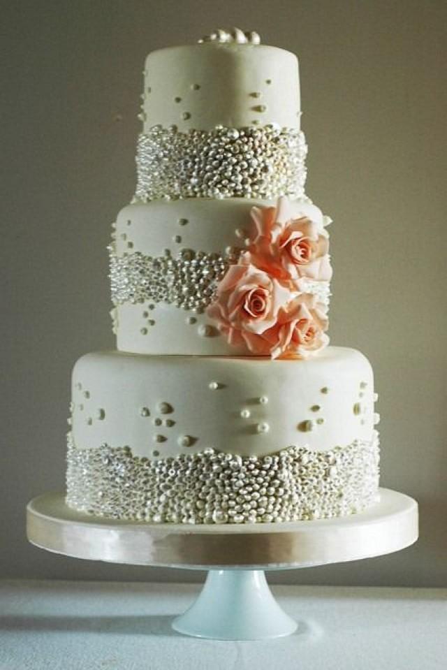 Торт с бусинами