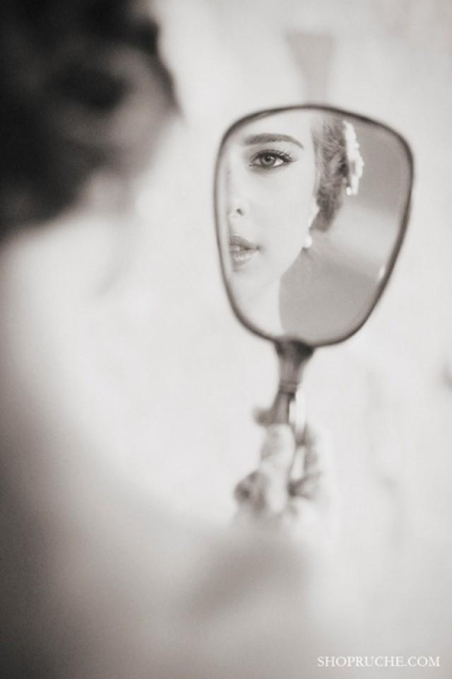 Mirror Cool Shot For The Bride Wedding Photo Ideas Pinterest