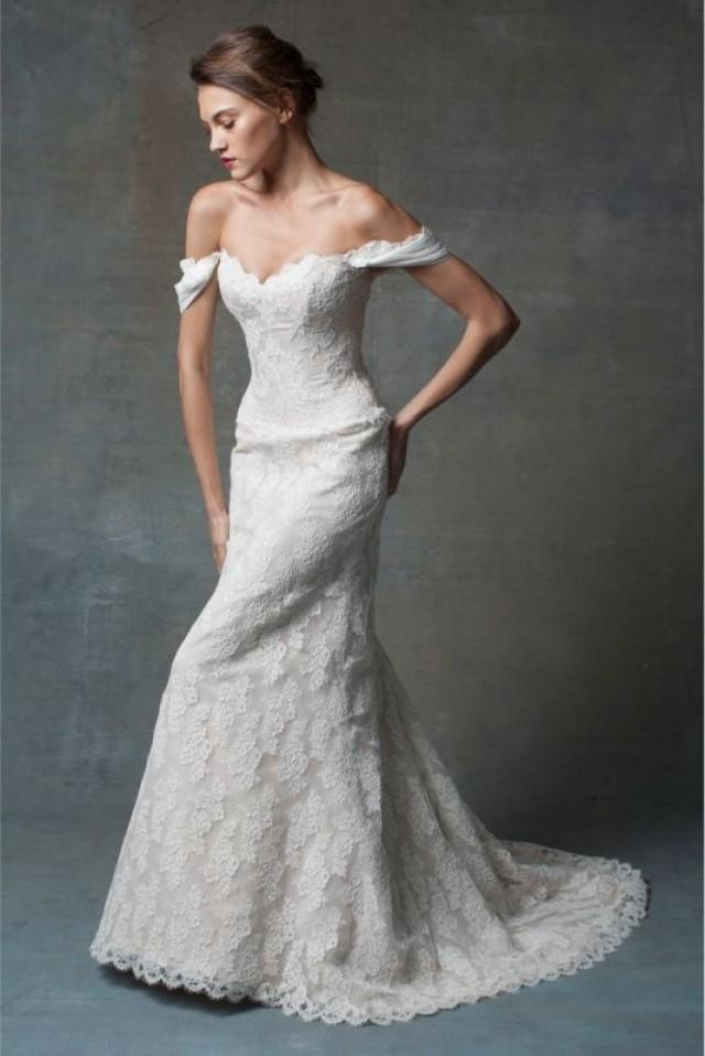Junebug's Wedding Dress And Accessories Gallery #2029545