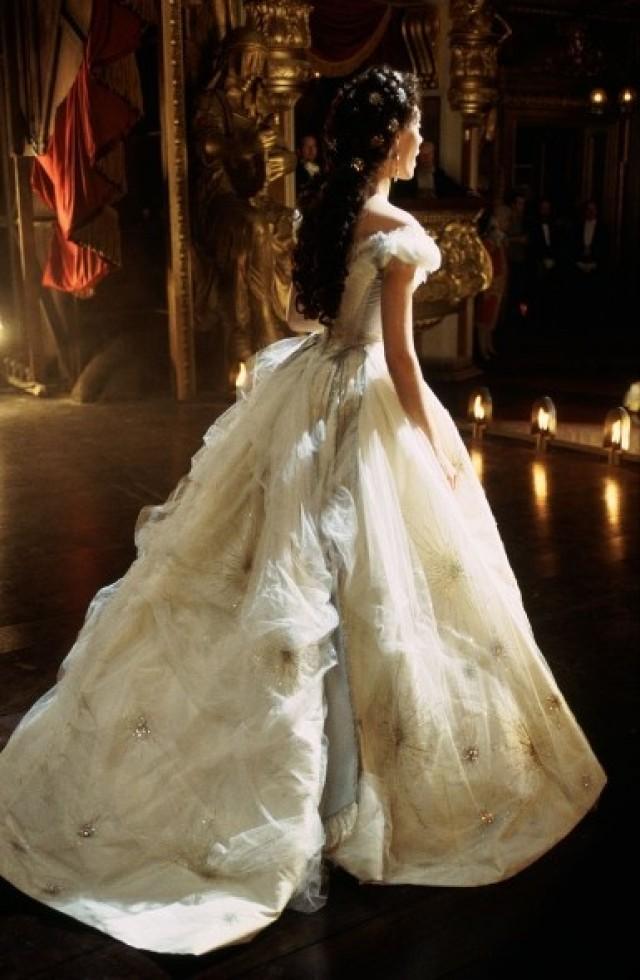 Dress gorgeous 2030395 weddbook for Phantom of the opera wedding dress