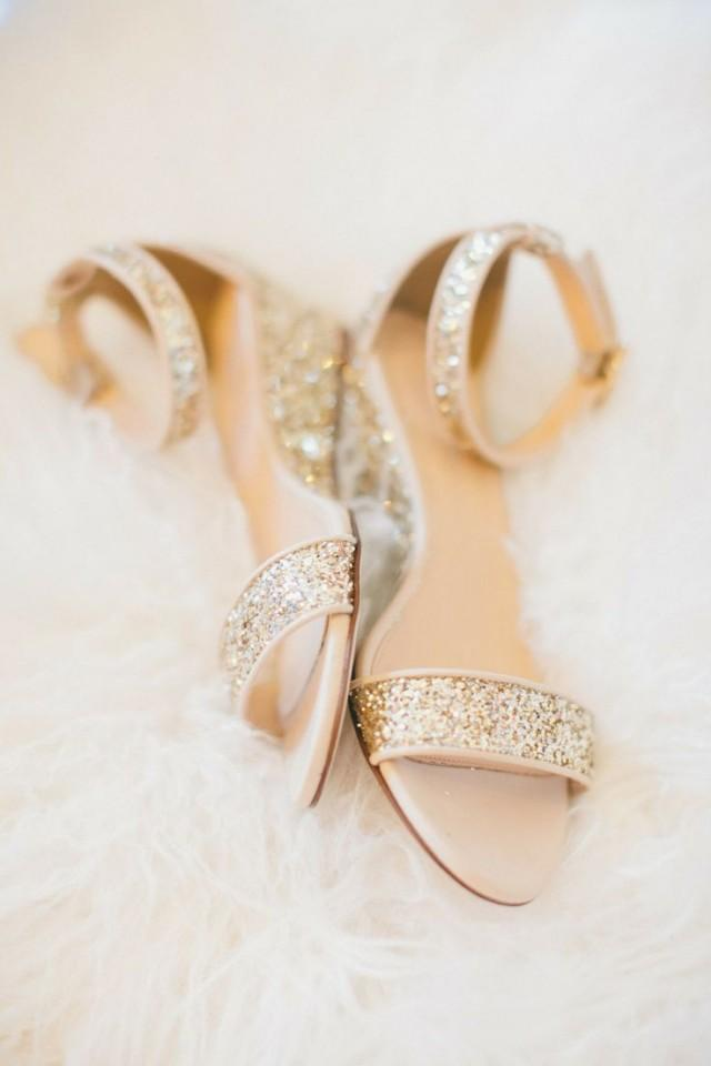 Gold flat bridal sandals gold sandals heels for Flat dress sandals for weddings