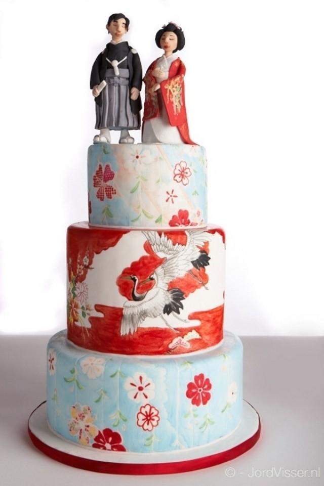 Unique Wedding Cake - Painted Japanese Wedding Cake ...