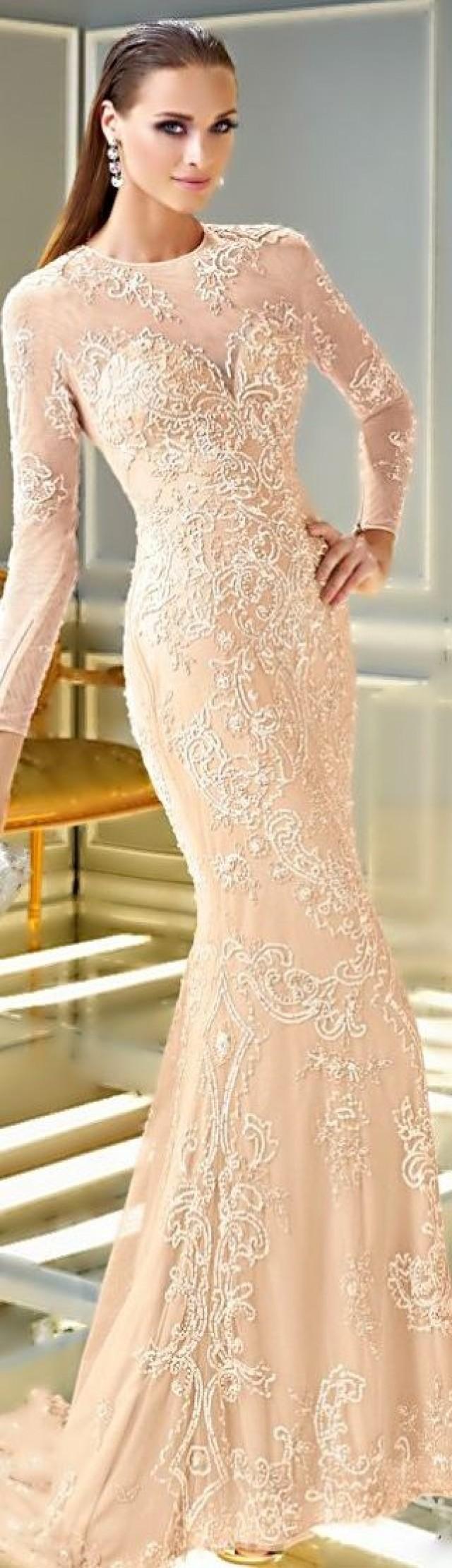 Paris honeymoon alyce paris spring 2014 2042203 weddbook for Wedding dress in paris