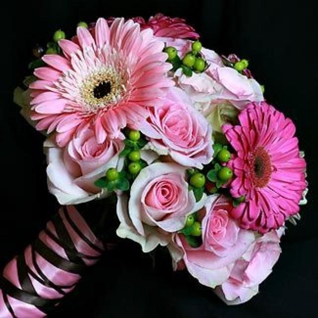 Wedding Bouquet Of Gerbera Daisies : Bouquet flower gerbera daisies roses and berries