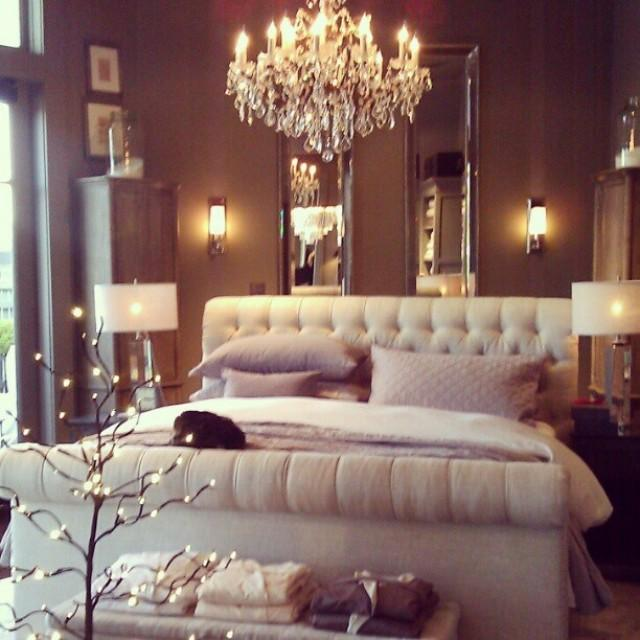 Romantic wedding beautiful bedroom romantic 2049373 for Boudoir bedroom ideas
