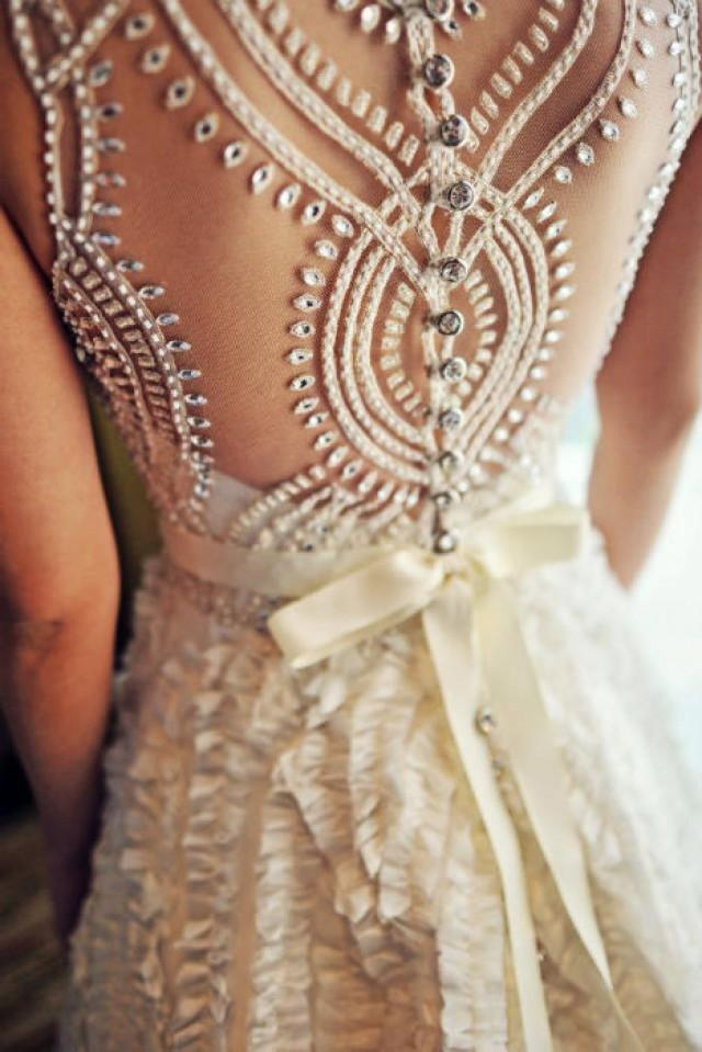 All about the back wedding dress details weddbook for Wedding dress with back detail