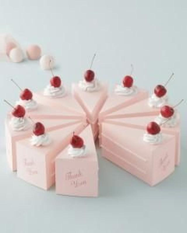 Wedding Favor Ideas - Cute! Cake Shaped Wedding Favor Boxes. #2050423 ...