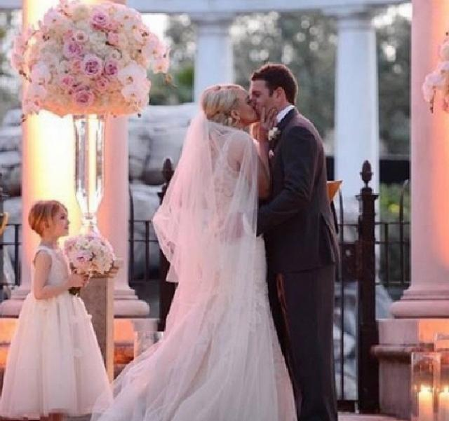 Wedding Pictures At The Altar: NEW PICS: See Jamie Lynn Spears' First Kiss At The Altar