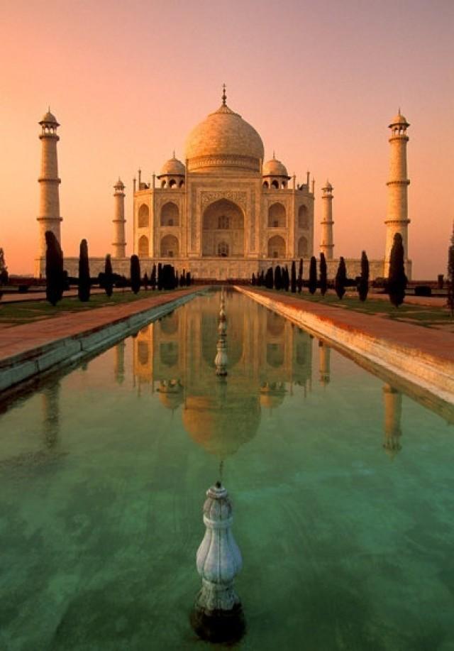 Honeymoon Taj Mahal Agra India 2051041 Weddbook