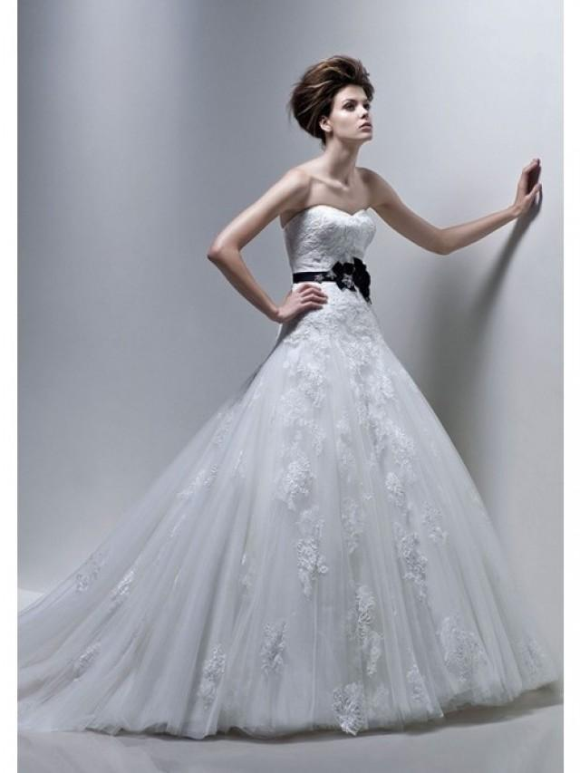 wedding photo - A-Line Strapless Sweetheart Neck Black Sash Chapel Trailing Tulle Bridal Gowns