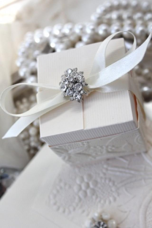 How To Wrap Wedding Gifts: Vintage Glamour Favor Box #2054062