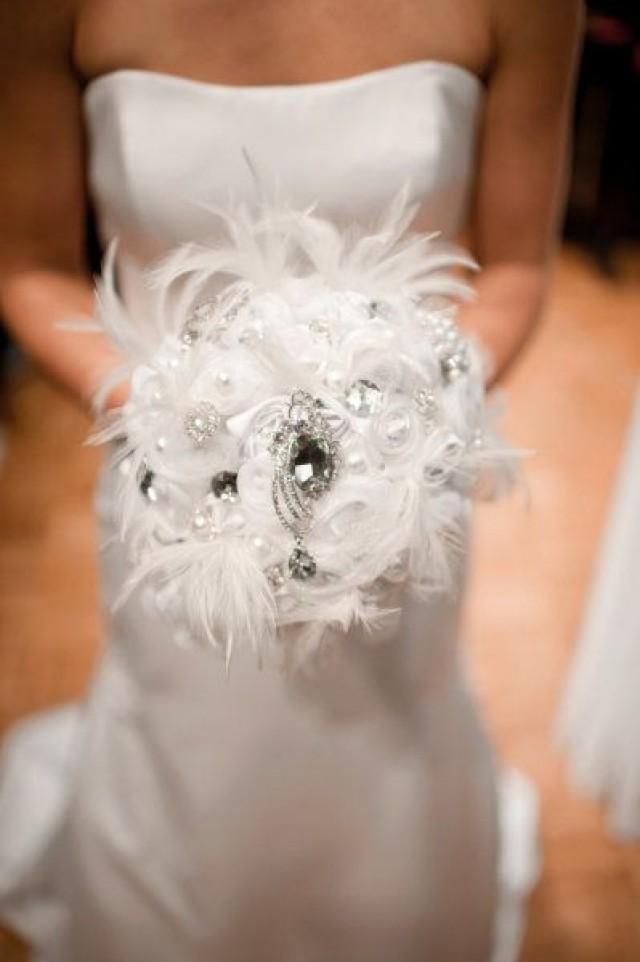 Great gatsby wedding feather and broach bouquet 2054511 weddbook