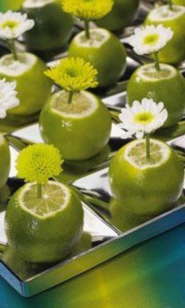 Summer wedding green centerpiece idea