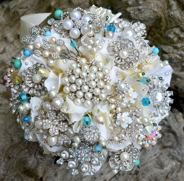 deposit on tiffany blue brooch wedding bridal bouquet made to order bridal bouquet 2058194. Black Bedroom Furniture Sets. Home Design Ideas