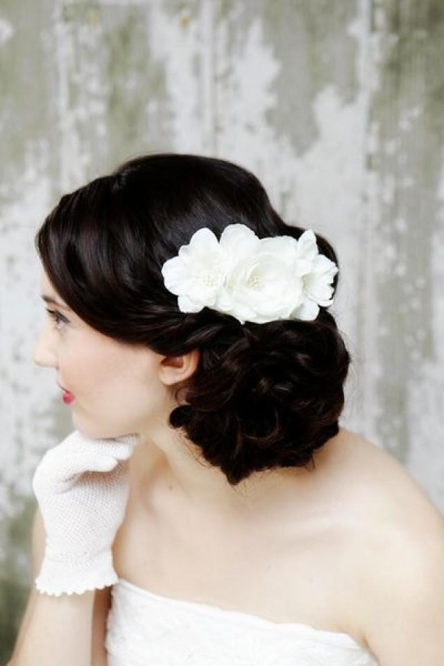 Прическа на свадьбу с канзаши
