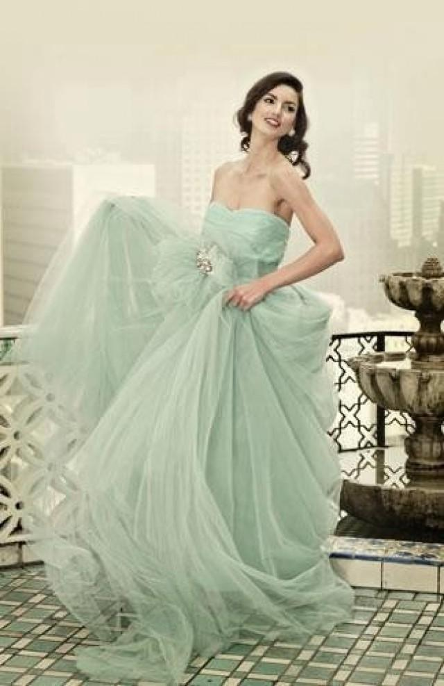 Mint wedding mint green wedding dress summers dream for Green beach wedding dresses