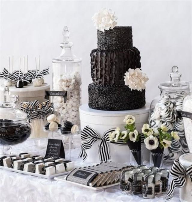 Black and white wedding black amp white sweets table 2062505
