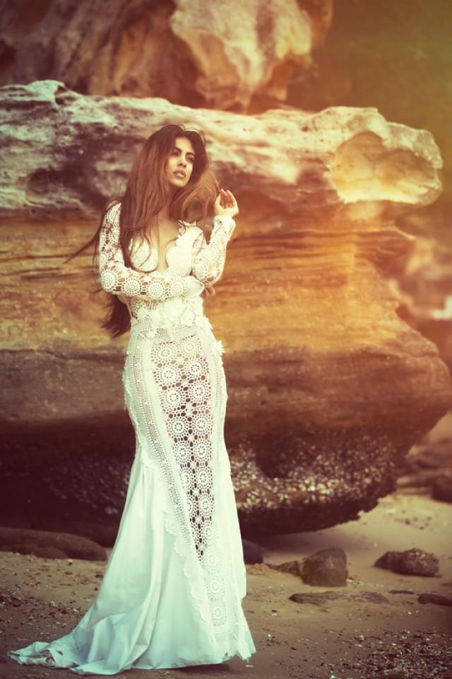 Sarah Joseph Couture Polka Dot Bride Weddbook