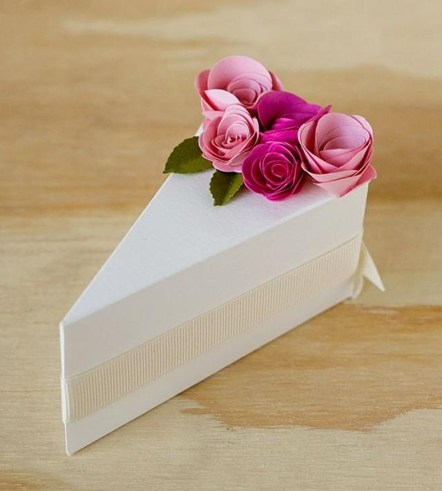 wedding cakes cream paper cake slice favor boxes 2064877 weddbook. Black Bedroom Furniture Sets. Home Design Ideas