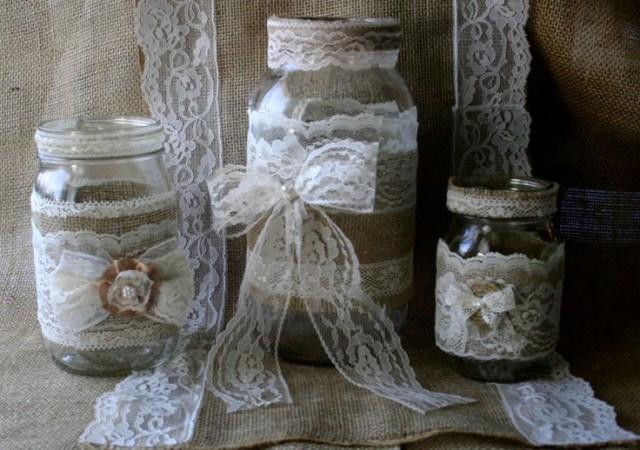 Vintage lace wedding jars burlap wedding centerpieces - Decoration mariage vintage chic ...