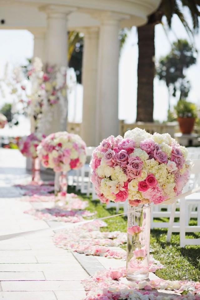 wedding photo - Vase Arrangement
