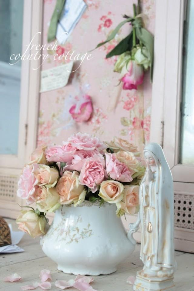 shabby wedding shabby chic wedding decor 2069181 weddbook. Black Bedroom Furniture Sets. Home Design Ideas