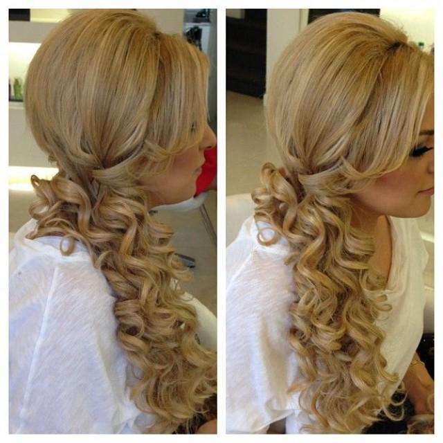 Фото причёсок с накладными прядями