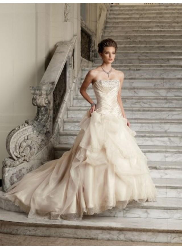 wedding photo - Empire A-line Strapless Wave Ruching Brush Train Lace Wedding Dresses WE4461