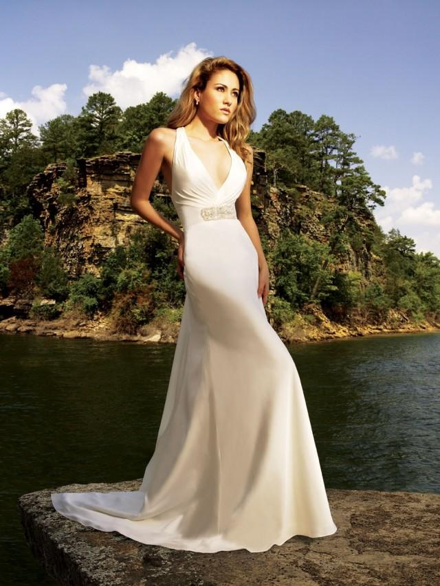 wedding photo - Halter Court Train A-line Chiffon Wedding Dress(WD0105)
