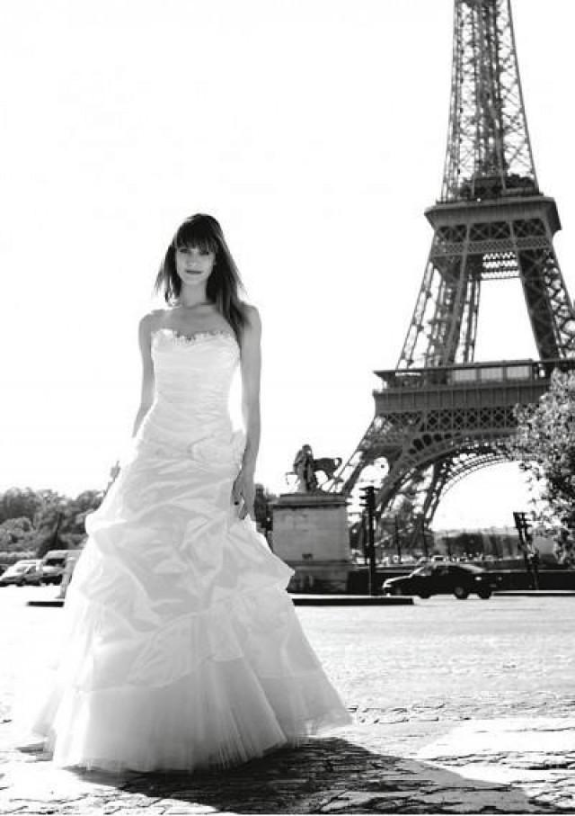 wedding photo - Brides, How to Choose Your Wedding Dresses