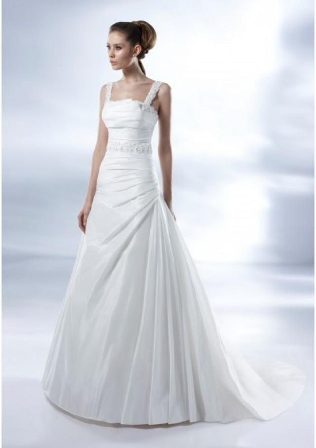 wedding photo - Taffeta Sleeveless Lace Square Neckline Pleated Bodice With Lace Trim A-line Pick-up Skirt With Chapel Train 2012 New Arrival We