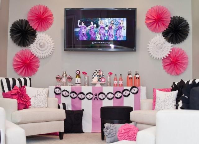 Bachelorette party ideas bridal shower 2080298 weddbook for Bachelorette party decoration