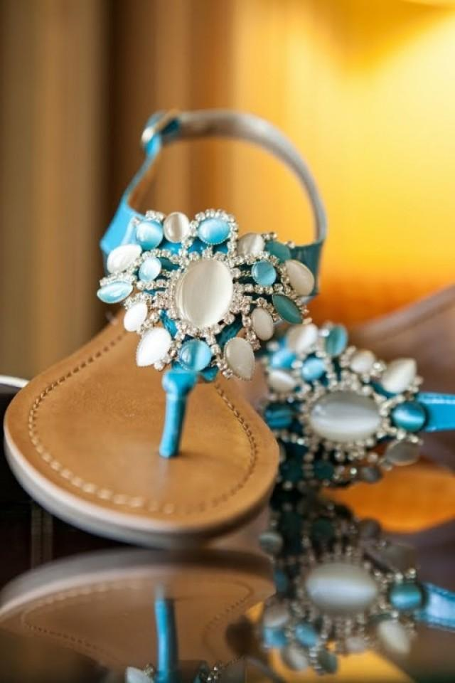 919e97615346c 33 Cool Beach Wedding Sandals - Barefoot And Not Only ...