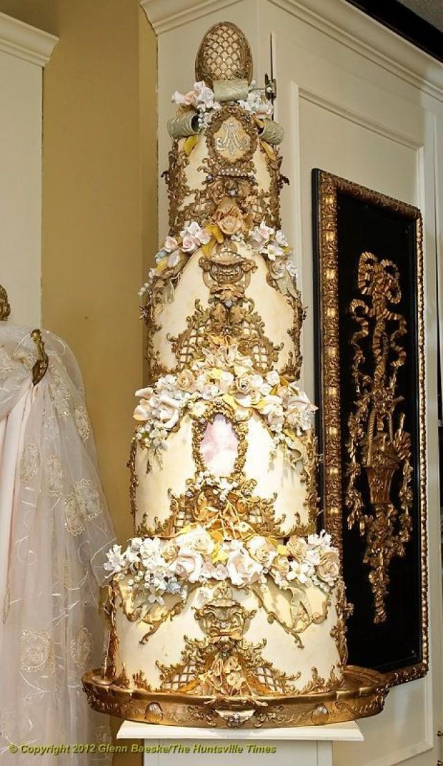 White And Gold White And Gold Wedding Cake