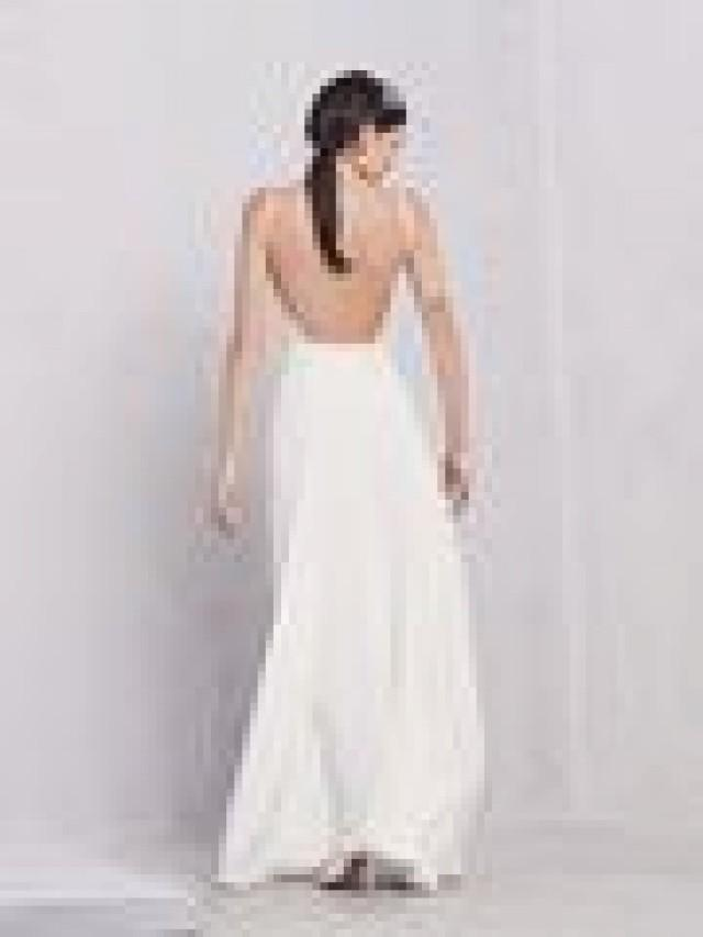 Backless dresses backless wedding gowns 2093448 weddbook for Backless wedding dress bra