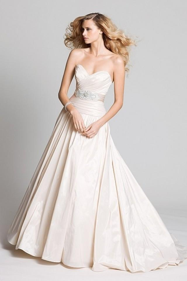 wedding photo - Taffeta Chapel Train Sweetheart A-line Wedding Dress