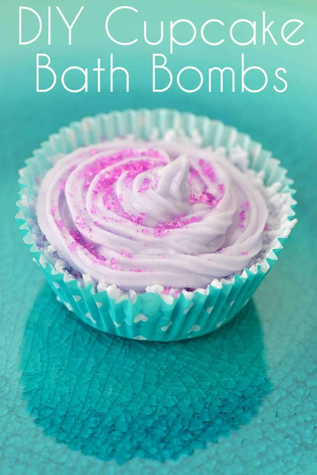 DIY Cupcake Bath Bombs - Weddbook