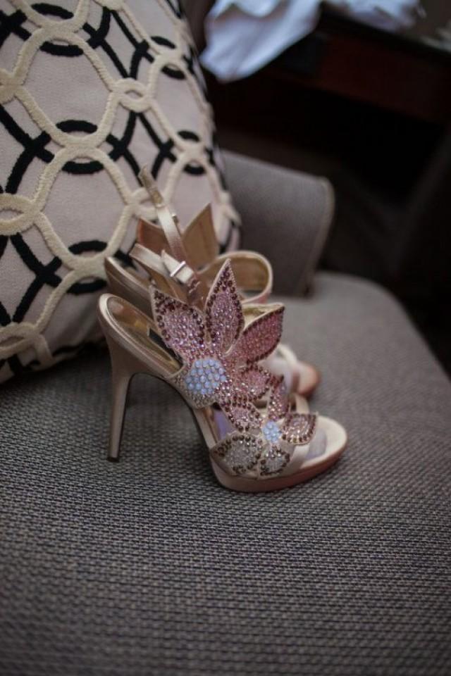 921de65884da 30 Adorable Sparkly Wedding Shoes | Weddingomania - Weddbook