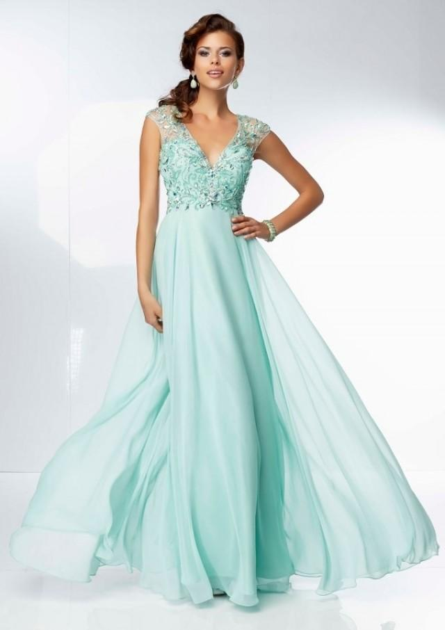 wedding photo - V-neck Chiffon Beaded Pleats Floor-length Diamonds Prom Dress(PD0601)