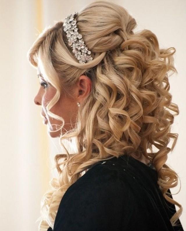 Накрутки на длинные волосы прически
