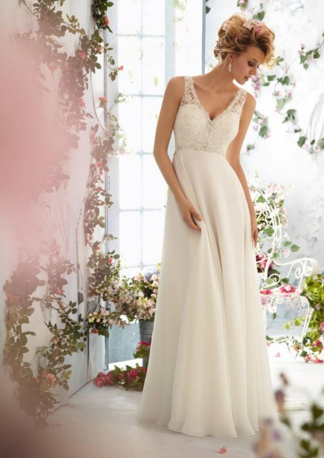 wedding photo - Crystal Beading Edging Alencon Lace On Delicate Chiffon Wedding Dresses(HM0253)